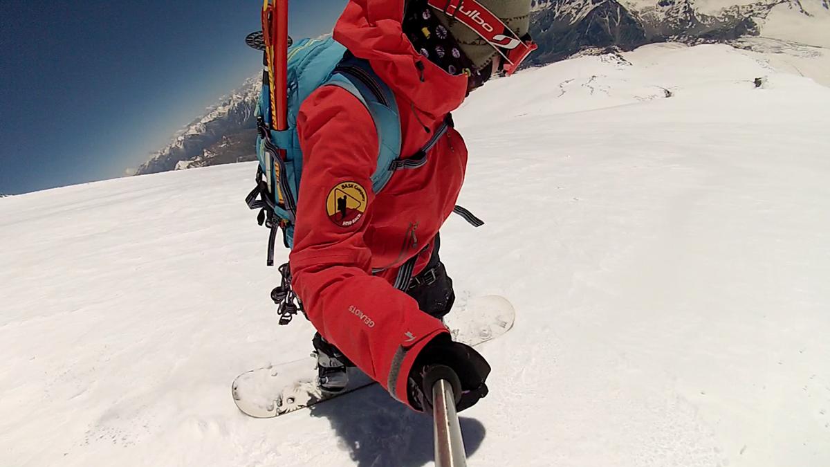 спуск с вершины эльбруса на лыжах и сноуборде