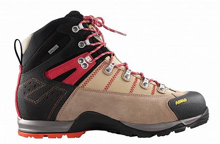 équipement pour l'ascension de l'Elbrus